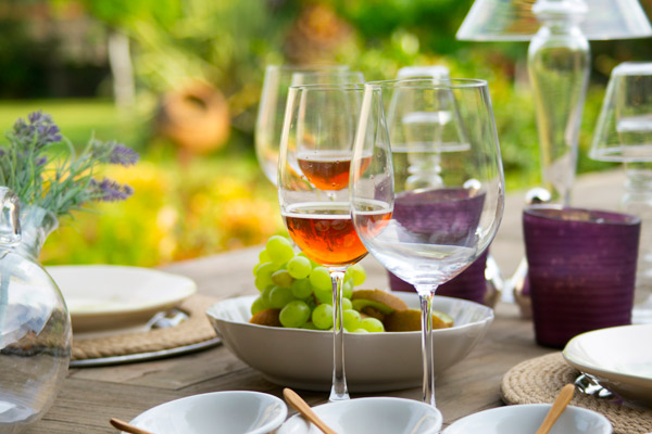 glass-for-wine-picjumbo-com
